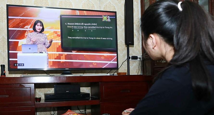 Bộ GD&ĐT hướng dẫn chi tiết dạy học qua internet, trên truyền hình
