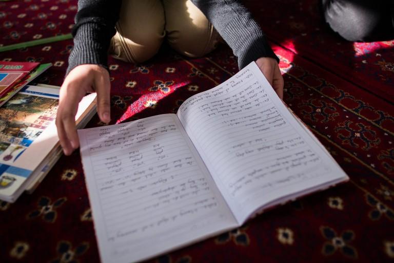 Các quốc gia giải quyết những thách thức trong giáo dục mùa COVID-19 như thế nào?