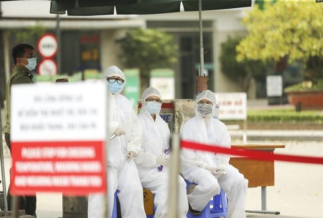 Hà Nội tiếp sức phòng chống dịch tại Bệnh viện Bạch Mai