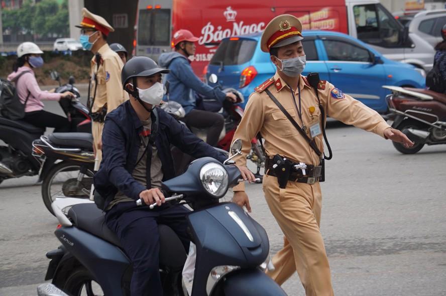 Gần 9.000 trường hợp vi phạm trật tự an toàn giao thông bị xử lý