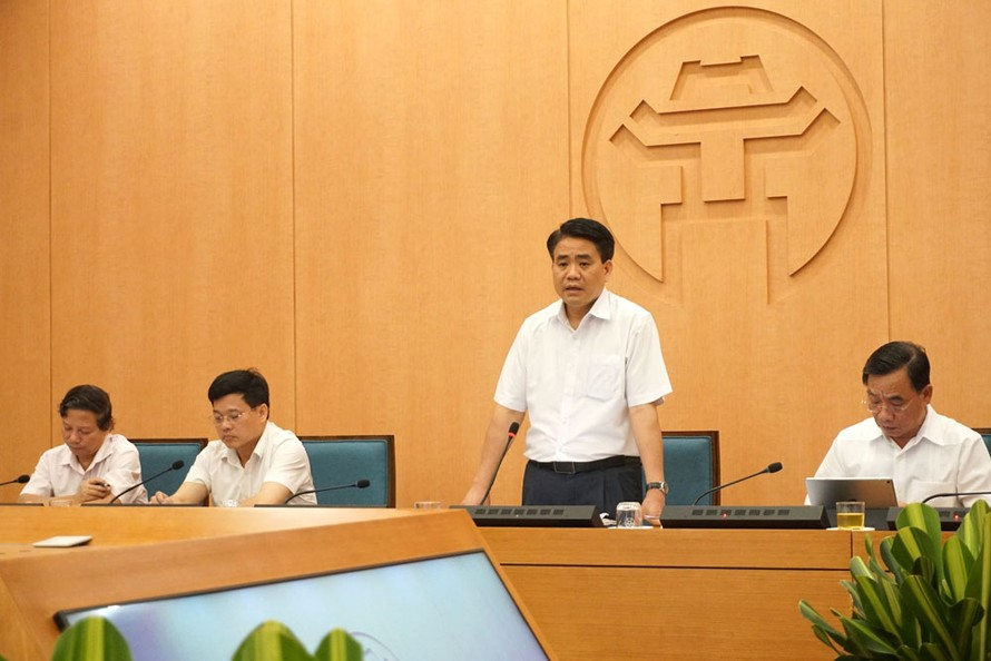 Chủ tịch UBND thành phố Hà Nội Nguyễn Đức Chung phát biểu tại cuộc họp. Ảnh: Hà Nội Mới