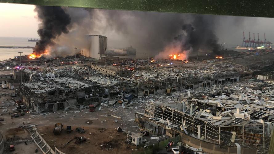 Khủng hoảng chồng chất khủng hoảng tại Lebanon