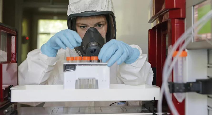 Nga cho 'ra lò' 500 triệu liều vaccine trong vòng 12 tháng