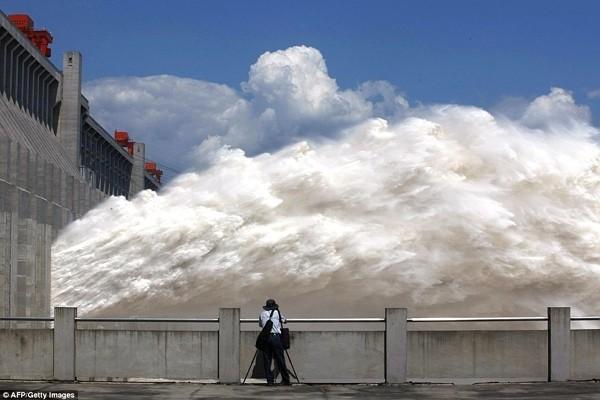 Đập Tam Hiệp ghi nhận mức nước lũ kỷ lục