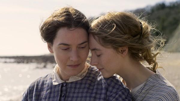 Mối tình lưng chừng của hai 'nàng thơ' Saoirse Ronan và Kate Winslet