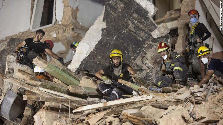 Đội cứu hộ Chile ngừng tìm kiếm nạn nhân của vụ nổ tại Beirut