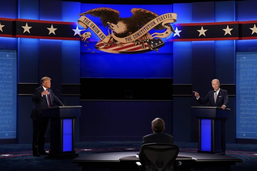 Tranh luận bầu cử Tổng thống Mỹ: Gay gắt ngay từ những phút đầu