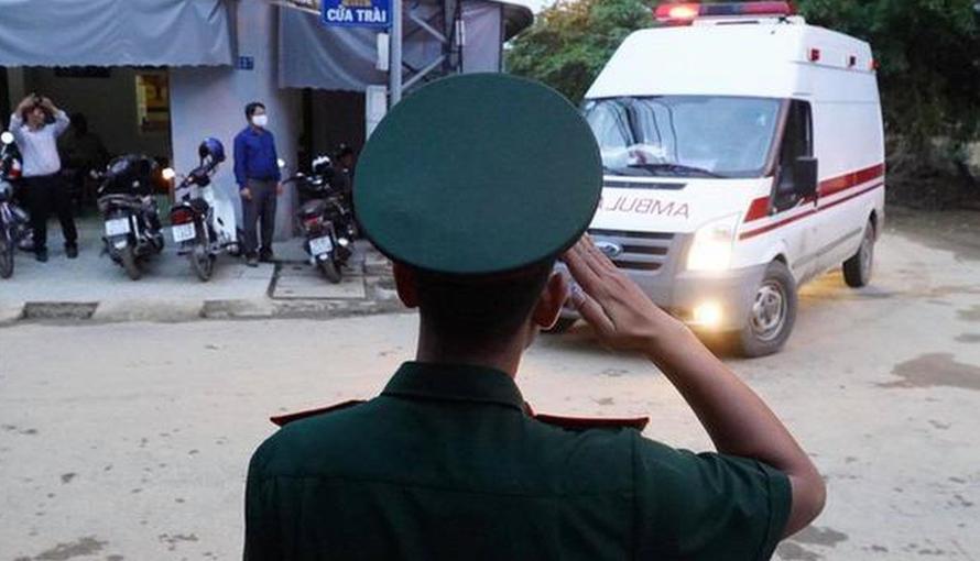 Truy tặng truy tặng Huân chương Dũng cảm cho 2 cán bộ hy sinh tại Thủy điện Rào Trăng 3