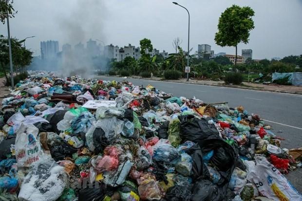 Hà Nội tạm thời phân luồng tập kết rác tại các quận huyện