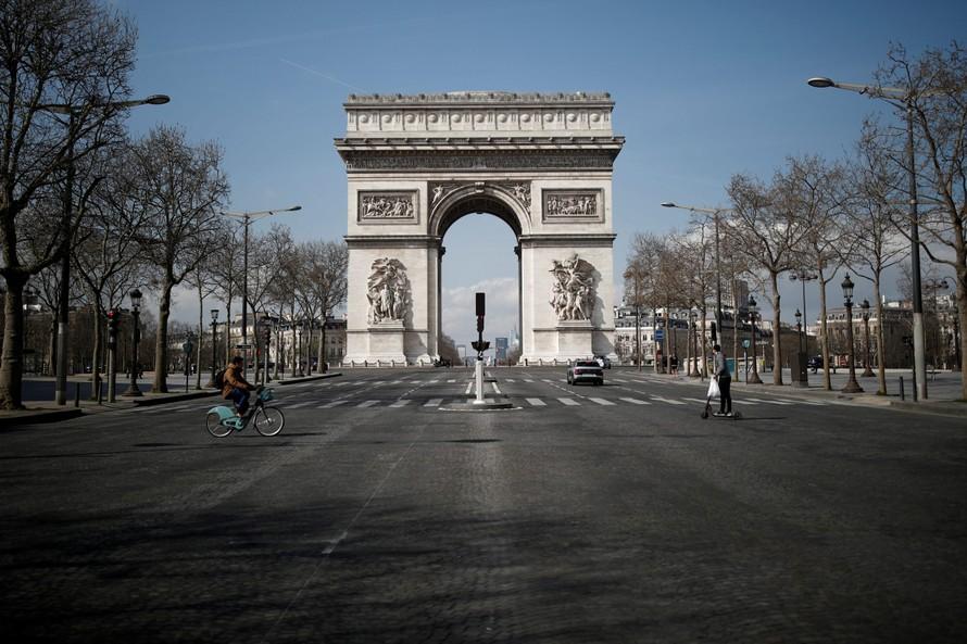 Đức và Pháp chuẩn bị phong tỏa lần hai