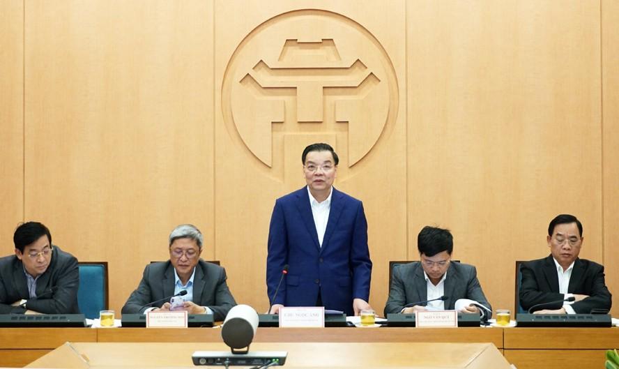 Chủ tịch UBND thành phố Hà Nội Chu Ngọc Anh phát biểu tại cuộc họp. Ảnh: Báo Hà Nội Mới
