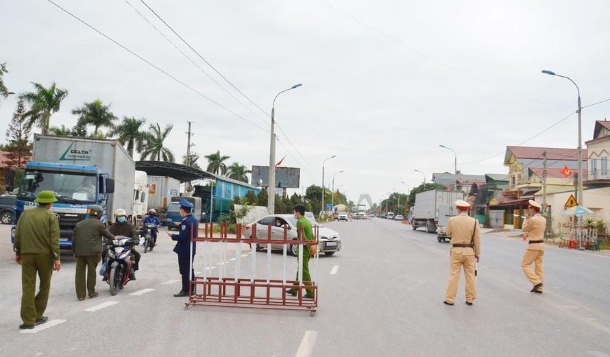 Giãn cách xã hội toàn bộ huyện Vân Đồn