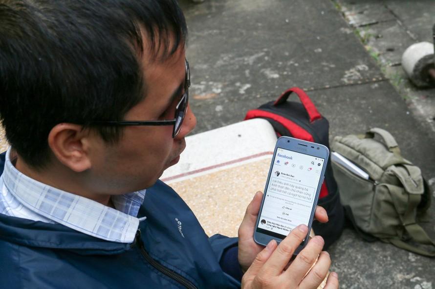 Người khiếm thị phấn khởi nhận lương từ việc dán nhãn dữ liệu