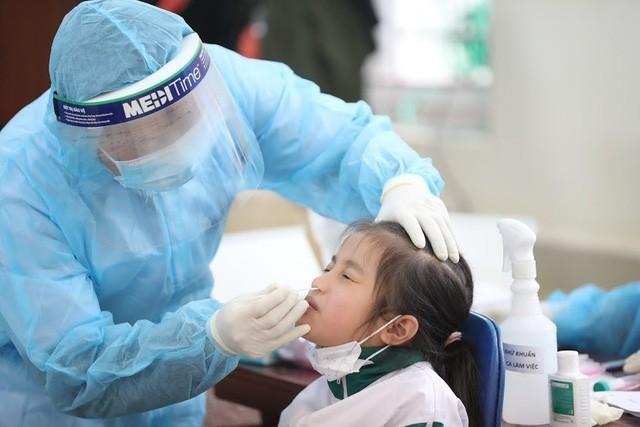100% cô, trò trường Tiểu học Xuân Phương âm tính với vi rút SARS-CoV-2 lần 2