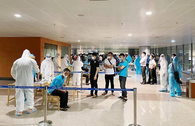 Bác tin đồn 20 trường hợp mắc COVID-19 tại sân bay Tân Sơn Nhất