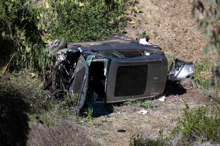 Tiger Woods gặp tai nạn giao thông