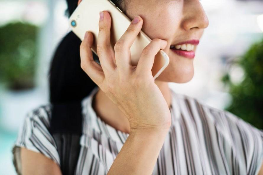 'Buôn' điện thoại trong 10 phút giúp giảm cô đơn