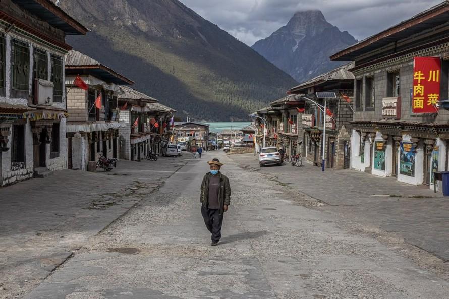 Trung Quốc tuyên bố xóa nghèo cùng cực thành công
