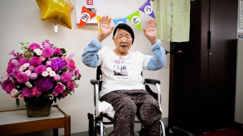 Cụ bà già nhất thế giới rước đuốc Olympic