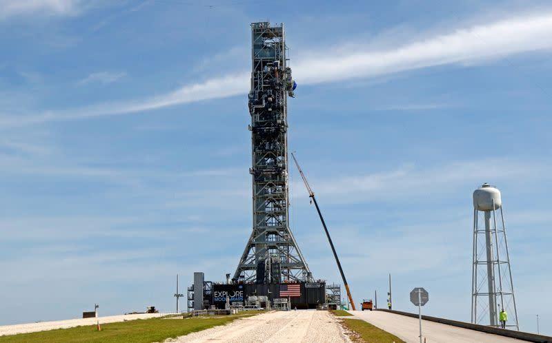 NASA hoàn thành thử nghiệm tên lửa đưa con người lên Mặt trăng