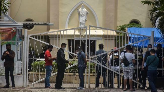 Đánh bom tự sát tại nhà thờ Indonesia