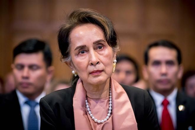 Bà Aung San Suu Kyi đối mặt với 14 năm tù