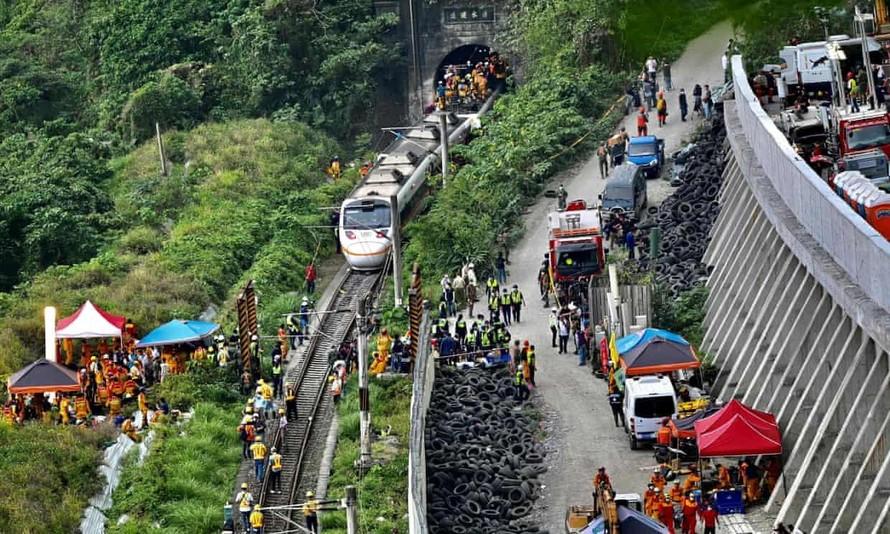 Tai nạn tàu hỏa Đài Loan: 'Tôi không dám nhìn xung quanh'