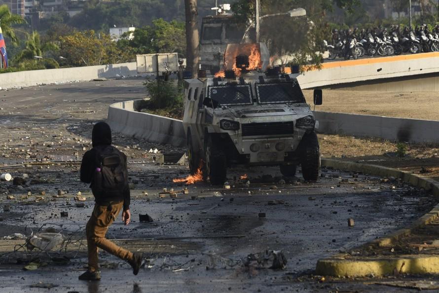 Căng thẳng biên giới giữa Venezuela và Colombia