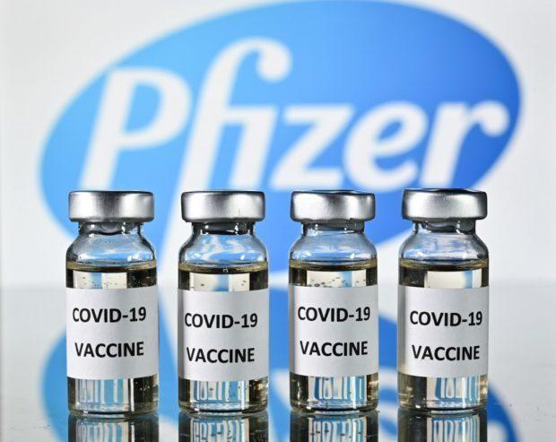 Pfizer xin cấp phép vaccine COVID-19 cho người 12-15 tuổi