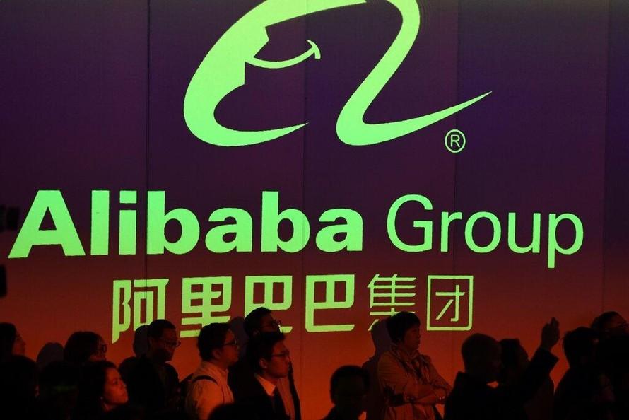 Trung Quốc phạt Alibaba: Một mũi tên trúng hai đích