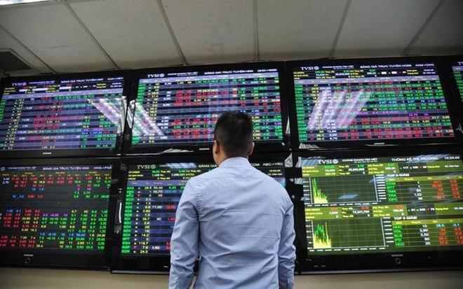 Cổ phiếu nhóm FLC dậy sóng, thị trường chứng khoán tăng trưởng đều.