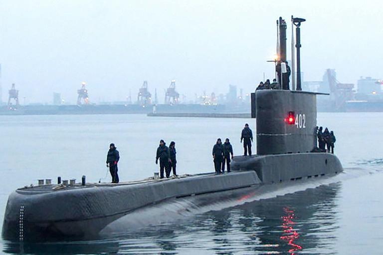 Hải quân Indonesia tìm kiếm tàu ngầm mất tích