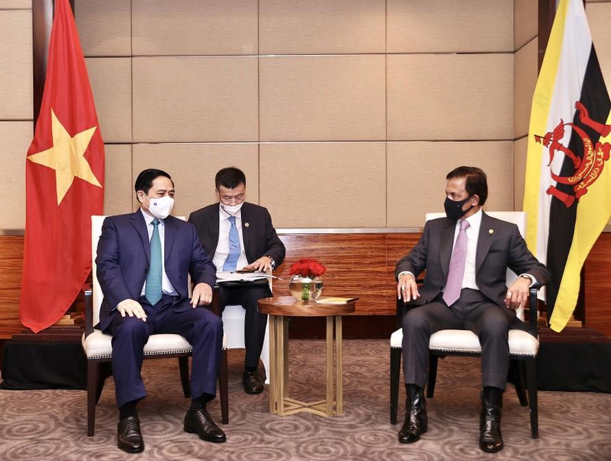 Thủ tướng Phạm Minh Chính nhấn mạnh Việt Nam coi trọng phát triển quan hệ với Brunei, đồng thời khẳng định Việt Nam ủng hộ vai trò Chủ tịch ASEAN 2021 của Brunei Darussalam. Ảnh: VGP