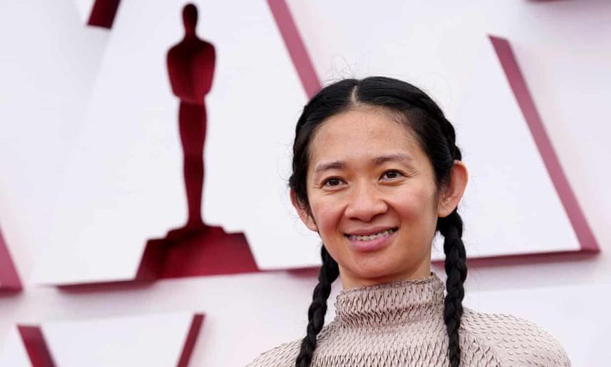 Chloé Zhao đoạt giải Đạo diễn xuất sắc nhất Oscar