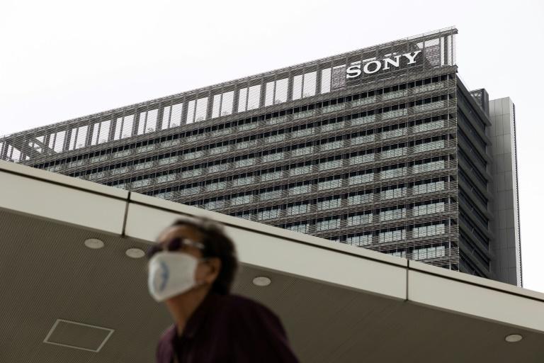 Sony 'sống ổn' trong đại dịch nhờ máy chơi game PlayStation