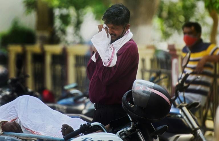 Ấn Độ xô đổ kỷ lục về số ca mắc trong ngày