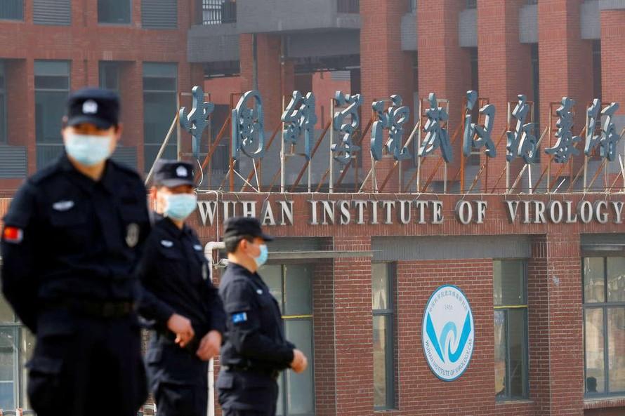 Các nhà khoa học Vũ Hán nhập viện trước khi COVID-19 bùng phát