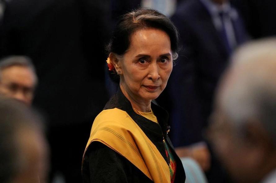 Bà Aung San Suu Kyi tham dự phiên khai mạc Hội nghị Cấp cao ASEAN lần thứ 31 tại Manila, Philippines, ngày 13 tháng 11 năm 2017. Ảnh: Teuters