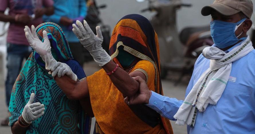 Số ca mắc mới tại Ấn Độ tăng trở lại