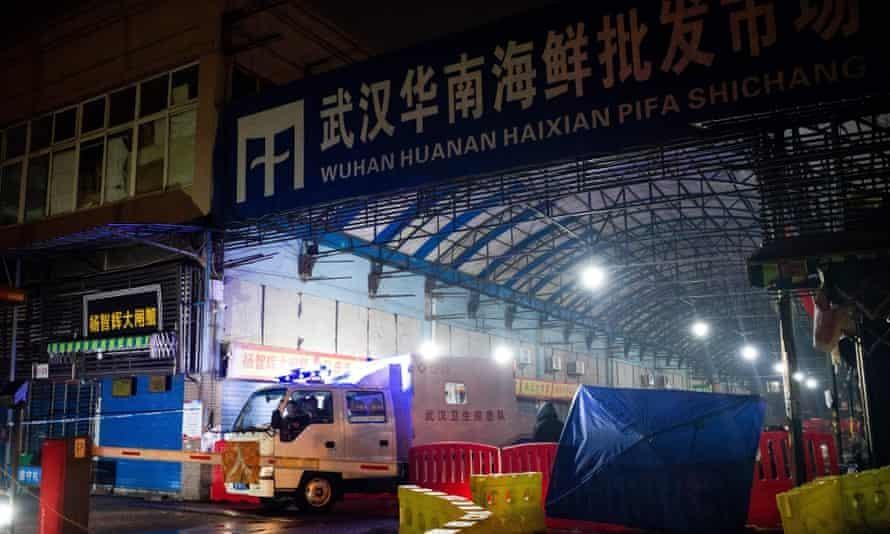 Khu chợ Hoa Nam tại Vũ Hán đã bị đóng cửa vào tháng 1 năm 2020. Ảnh: AFP