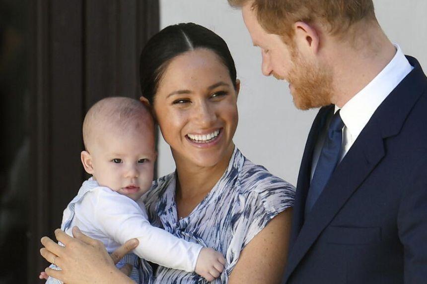 Harry và Meghan thông báo sinh con gái
