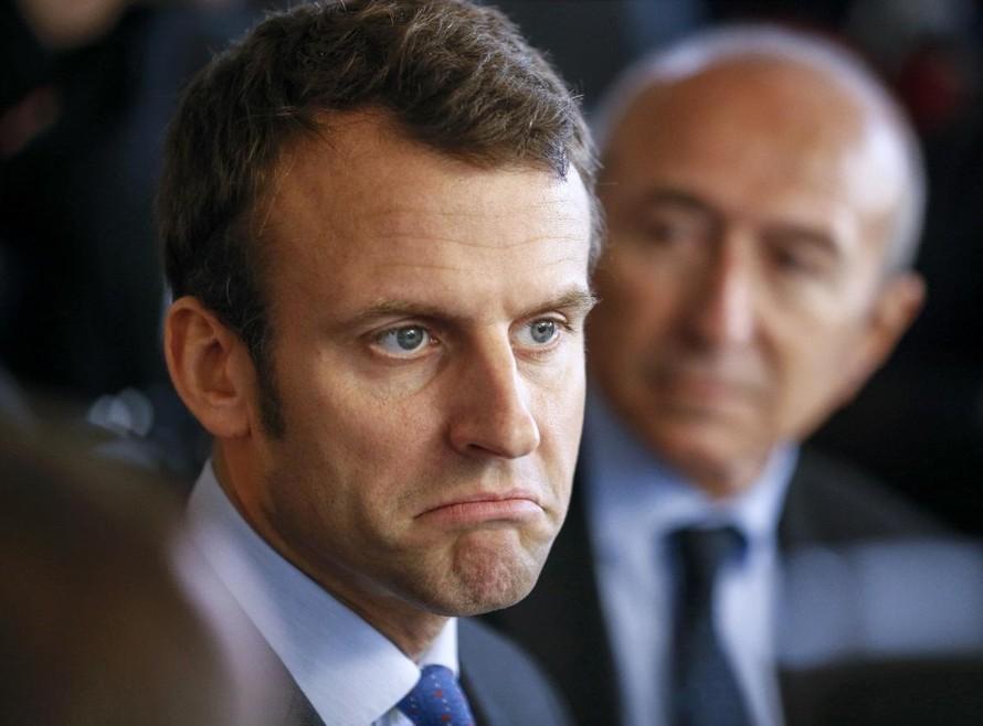 Tổng thống Pháp bị người lạ tấn công
