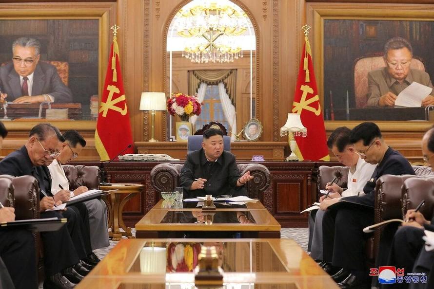 'Căn bệnh' K-Pop và cuộc chiến văn hóa của Triều Tiên