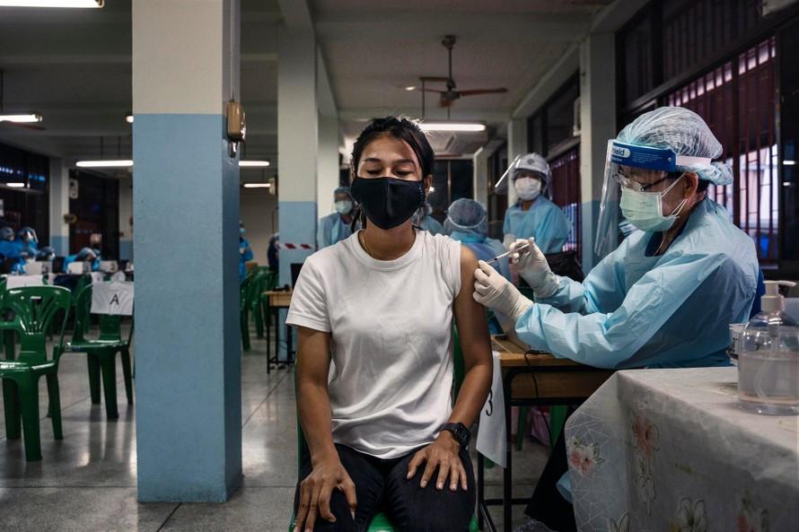 Chiến dịch tiêm chủng của Thái Lan 'lâm nguy' vì thiếu vaccine