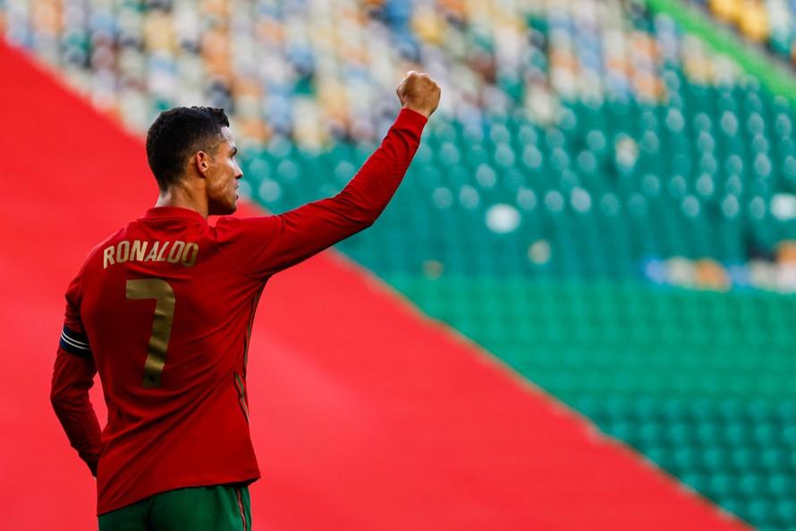 Cristiano Ronaldo – kỷ lục gia vĩ đại của châu Âu