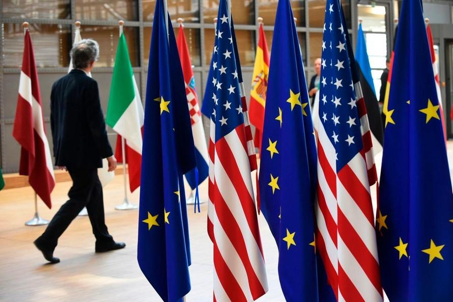 Mỹ-EU tuyên bố phối hợp chấm dứt đại dịch COVID-19