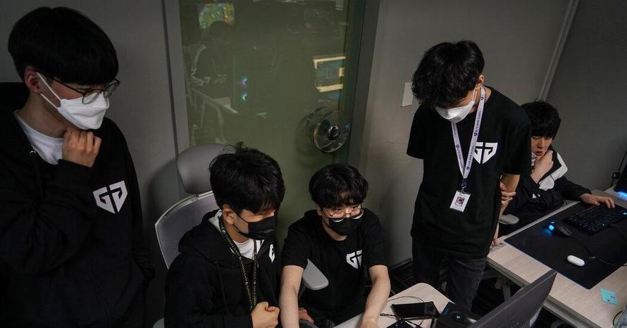 Môi trường khắc nghiệt của thể thao điện tử Hàn Quốc