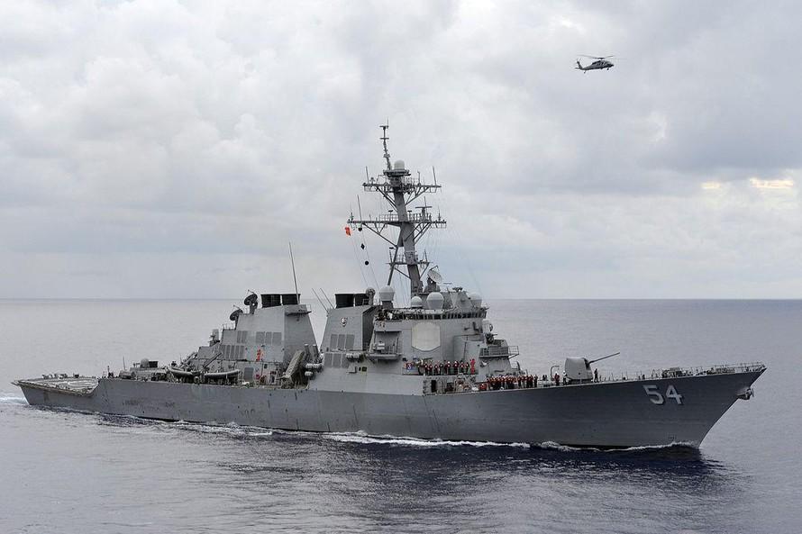 Trung Quốc lên án tàu chiến Mỹ băng qua eo biển Đài Loan