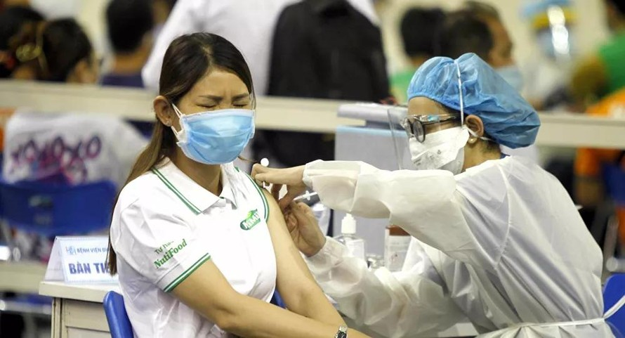 Hơn 700.000 người dân TP HCM được tiêm vaccine ngừa COVID-19