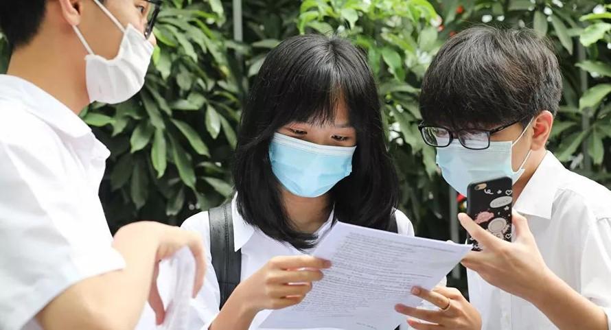 Hà Nội công bố điểm chuẩn vào lớp 10 chuyên năm học 2021-2022